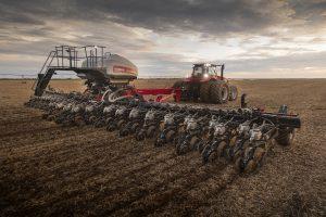 Fast Riser 6100, a plantadeira dobrável da Case IH