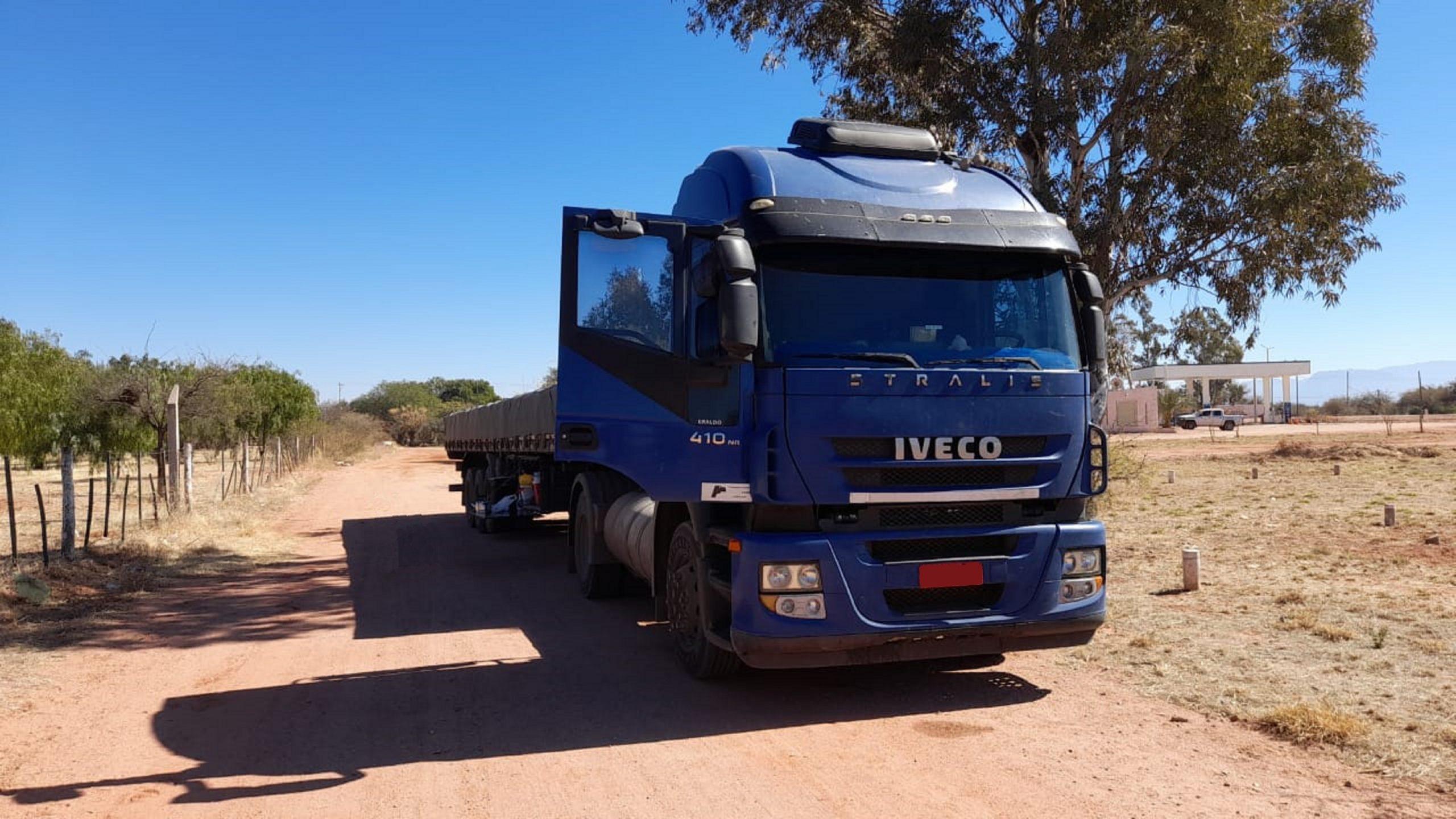 Com motor FPT Cursor 13, caminhão roda mais de 1,5 milhão pela América do Sul