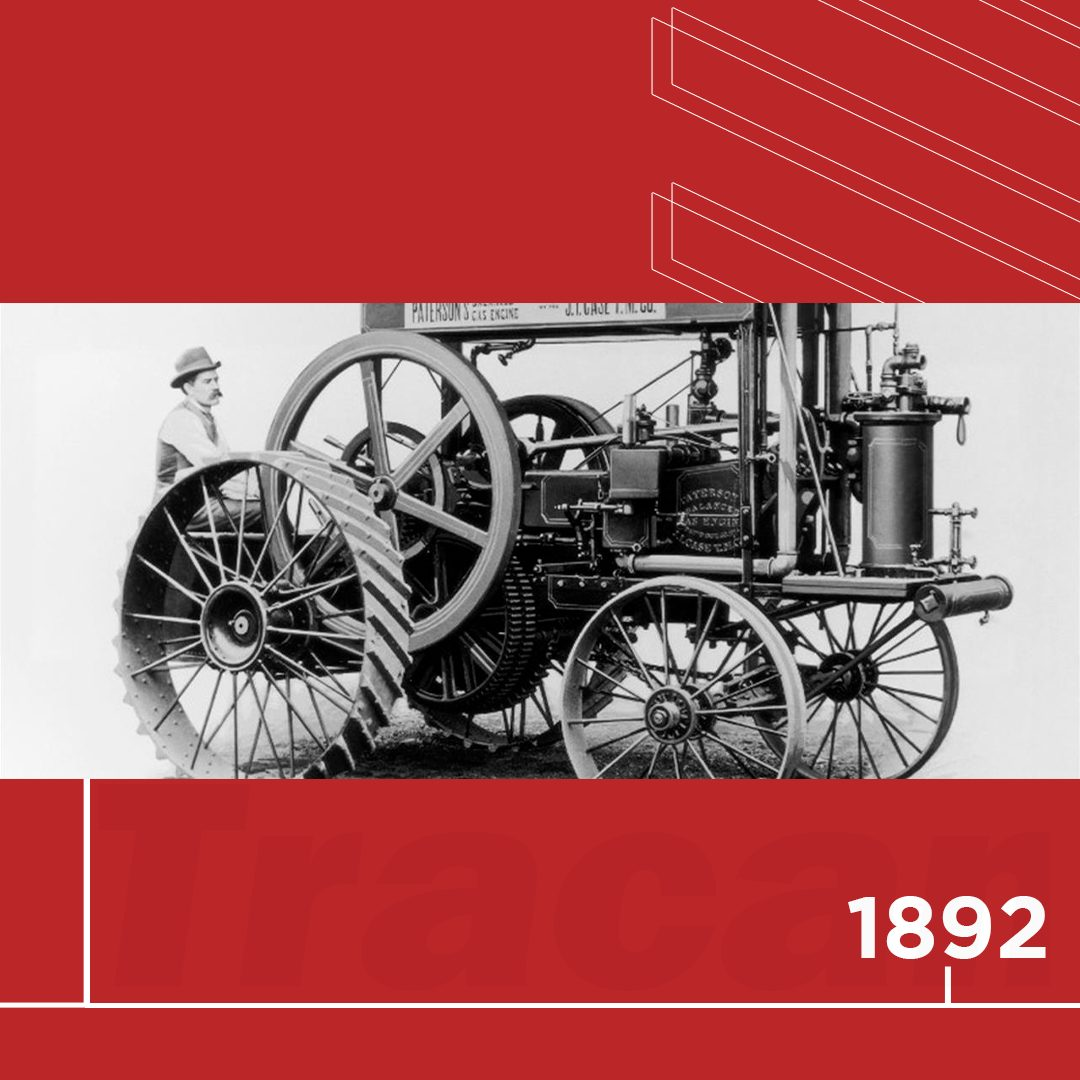 📆 1892 - À frente do seu tempo, a Case cria um trator movido a gasolina, mas o mercado ainda não está pronto para a transição do vapor. Por isso, a empresa aguarda até 1911 para reintroduzi-lo.