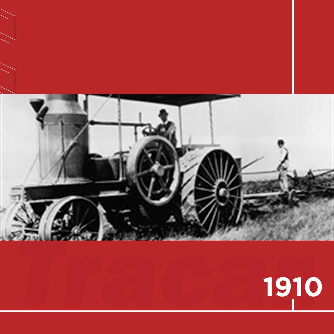 📆 1910 - A International Harvester introduz no mercado o colossal trator Titan, confirmando seu sólido legado de tratores, tanto em tamanho quanto em força.