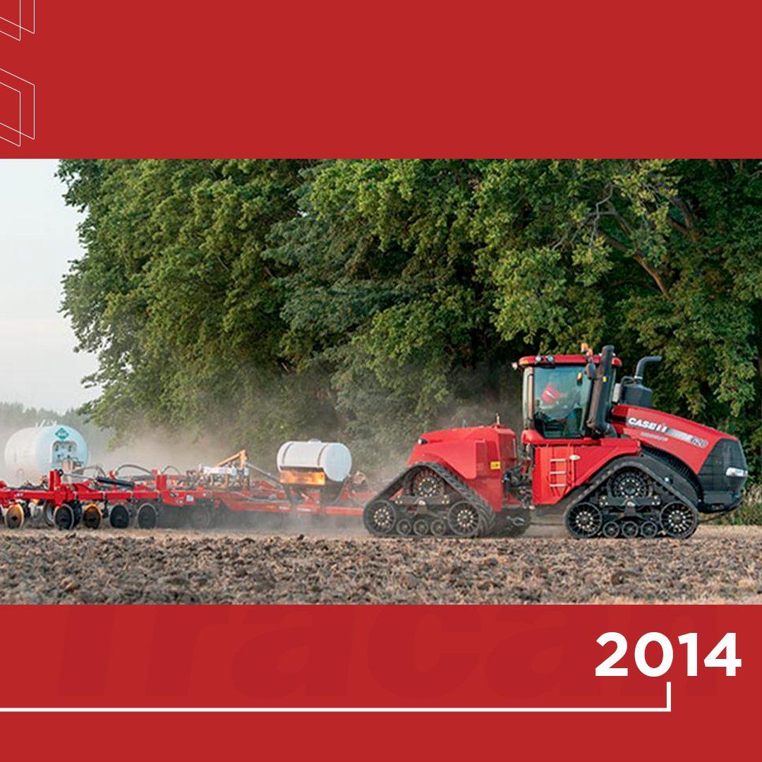 """📆 2014 - O Steiger vence o prêmio """"Máquina Extragrande do Ano"""", na Agritechnica, uma das mais importantes feiras do agronegócio do mundo, realizada em Hanover, na Alemanha."""